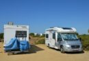 Wohnmobile am Strand