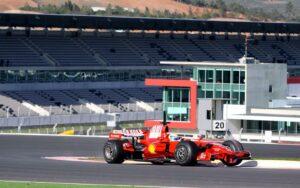 Ferrari testet im Autodrom