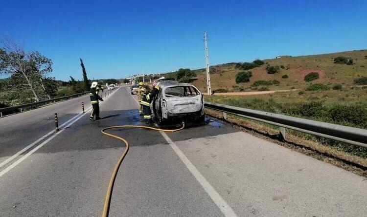 Fahrzeug ausgebrannt