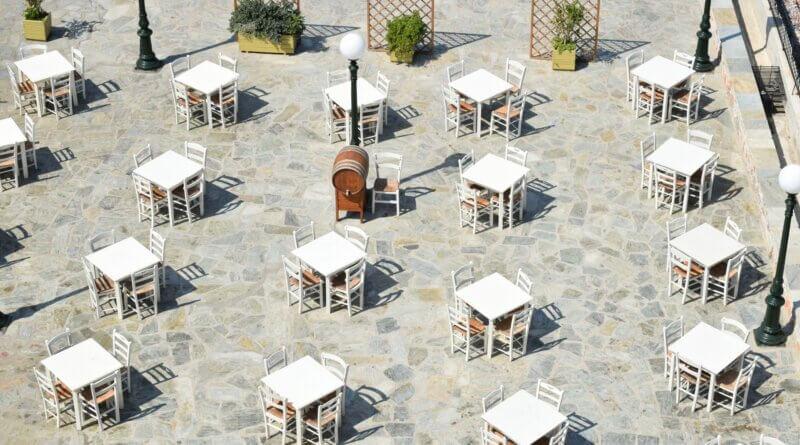 Tische mit Abstand